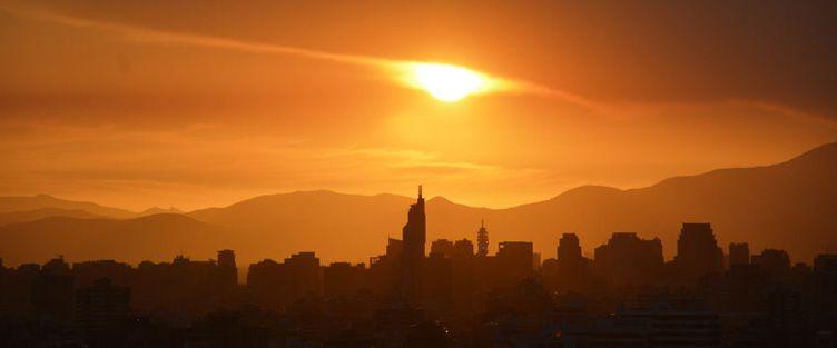 Coucher de soleil sur Santiago du Chili