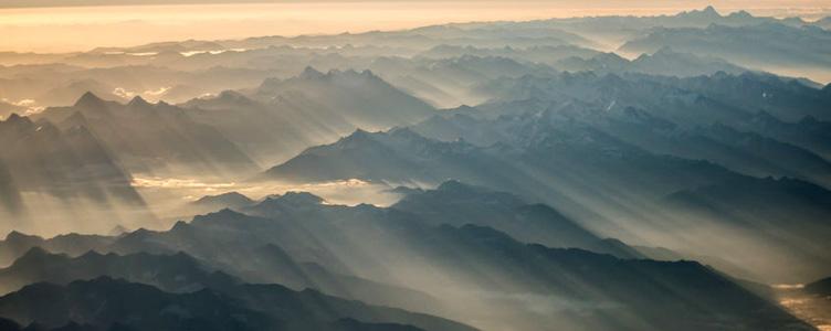 Survol de l'Himalaya