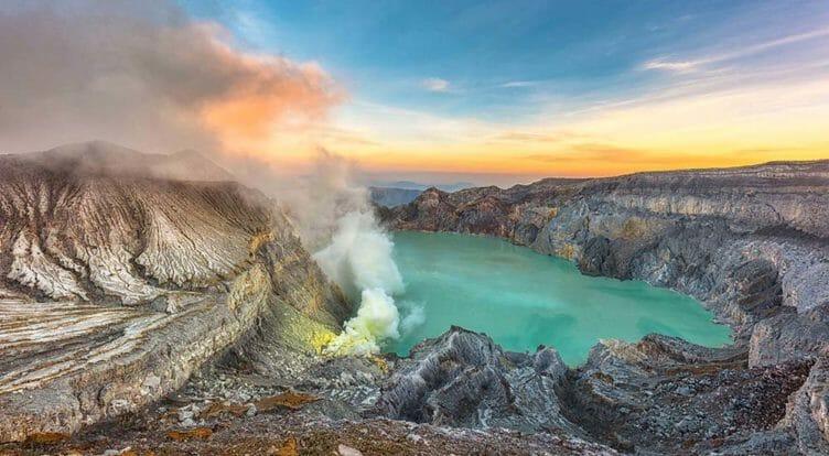 Kawah Ijen en Indonesie