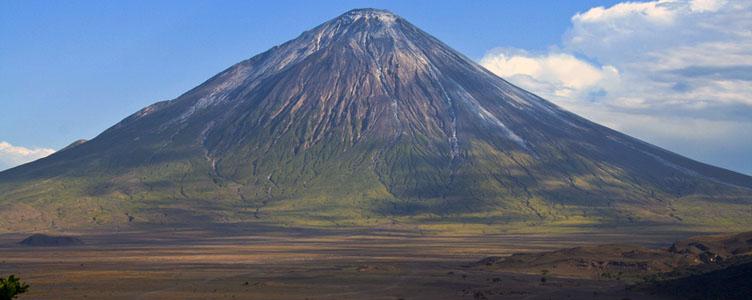 Vue sur le Ol Doinyo Lengai en Tanzanie