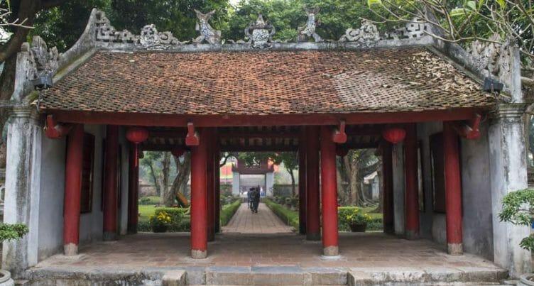 L'Univeristé de la littérature à Hanoï lors d'un voyage au Vietnam