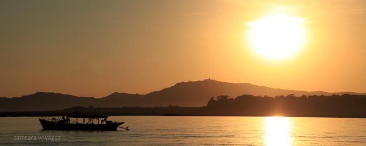 Croisière sur l'Irrawady à Bagan en Birmanie