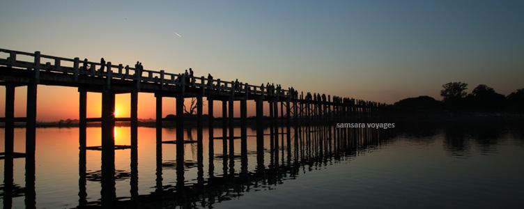 U-Bein Myanmar pont coucher de soleil