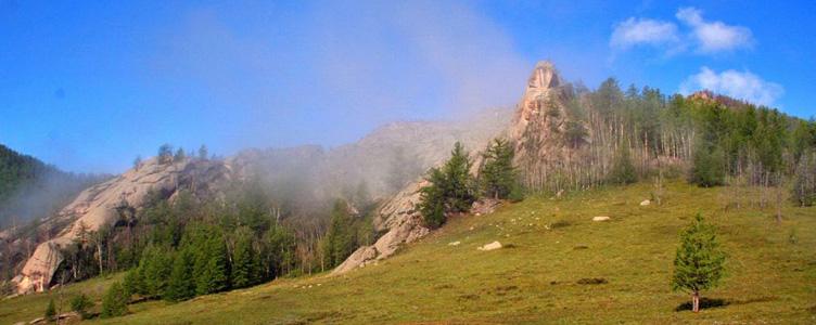 Panorama de Ghori Terelj, voayeg en Mongolie