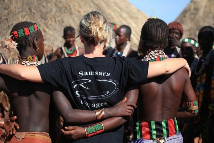 Tribu Vallée de l'Omo lors d'un voyage en Ethiopie